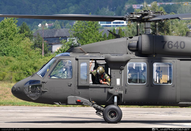 Sikorsky UH-60M Black Hawk - 7640 operated by Vzdušné sily OS SR (Slovak Air Force) #blackhawk #sikorsky #slovakairforce #uh60 #uh60blackhawk #uh60m #vzdusnesilyossr