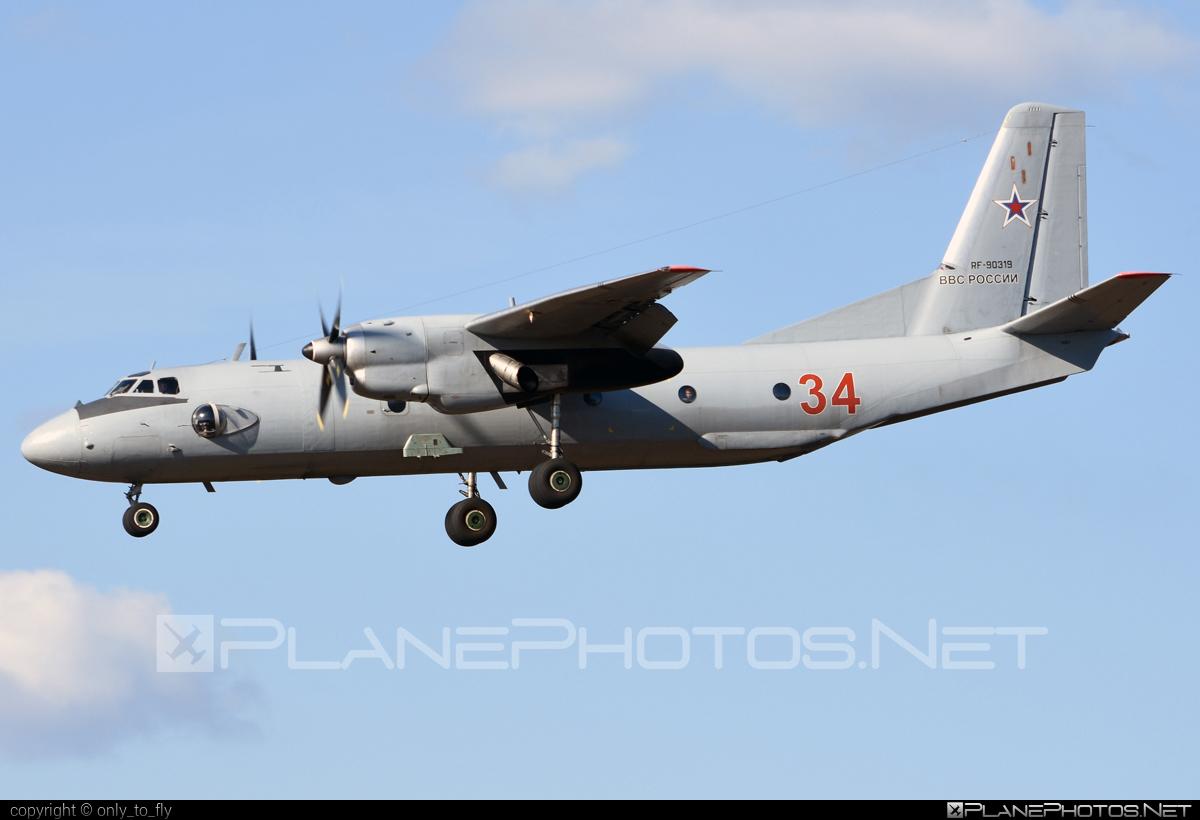 Antonov An-26 - RF-90319 operated by Voyenno-vozdushnye sily Rossii (Russian Air Force) #an26 #antonov #antonov26