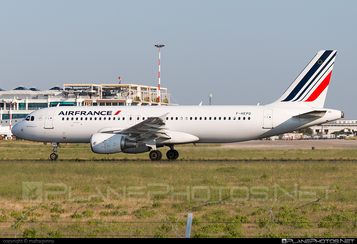 Airbus A320-214 - F-HEPD operated by Air France #a320 #a320family #airbus #airbus320 #airfrance
