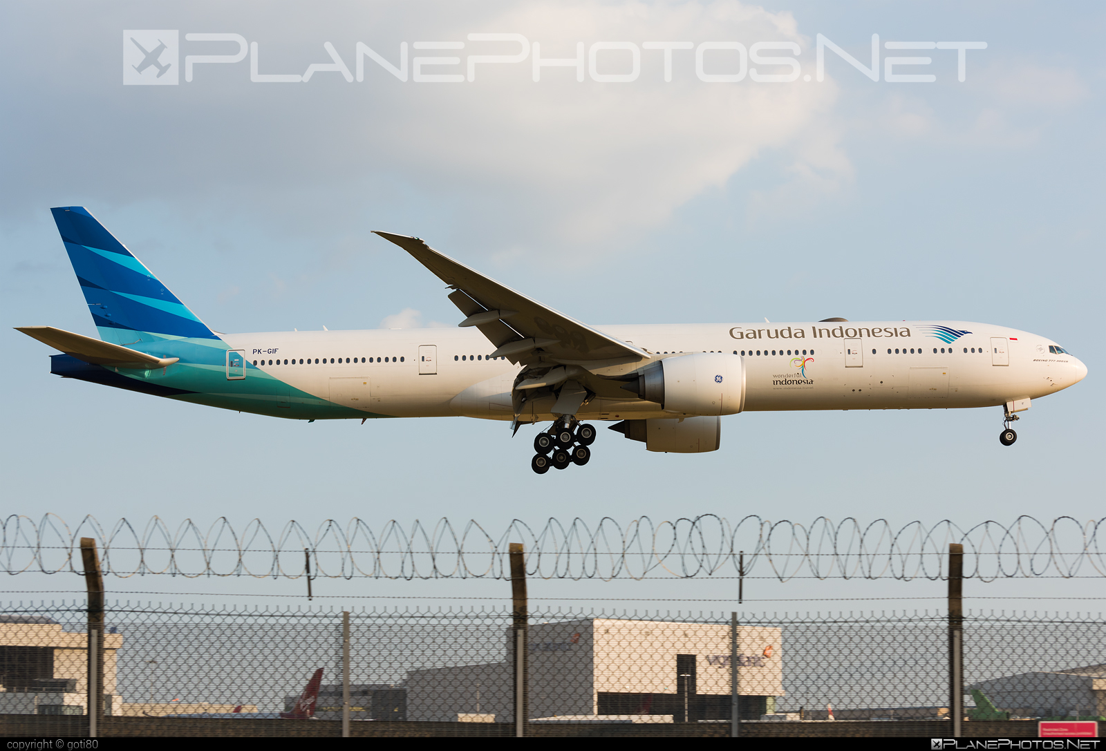 Boeing 777-300ER - PK-GIF operated by Garuda Indonesia #b777 #b777er #boeing #boeing777 #tripleseven