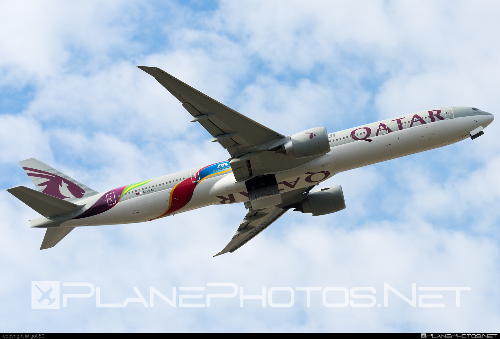 Boeing 777-300ER - A7-BAX operated by Qatar Airways #b777 #b777er #boeing #boeing777 #qatarairways #tripleseven