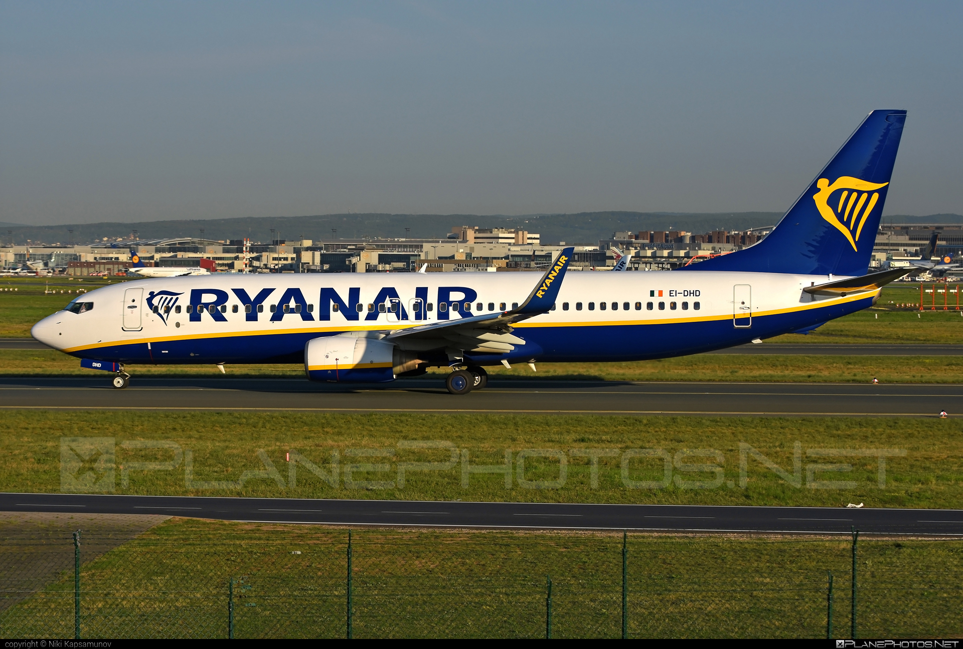 Boeing 737-800 - EI-DHD operated by Ryanair #b737 #b737nextgen #b737ng #boeing #boeing737 #ryanair