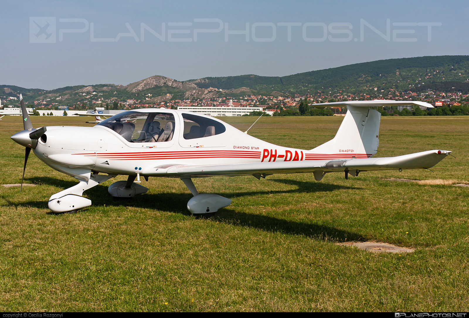 Diamond DA40 TDI Diamond Star - PH-DAI operated by Private operator #diamond