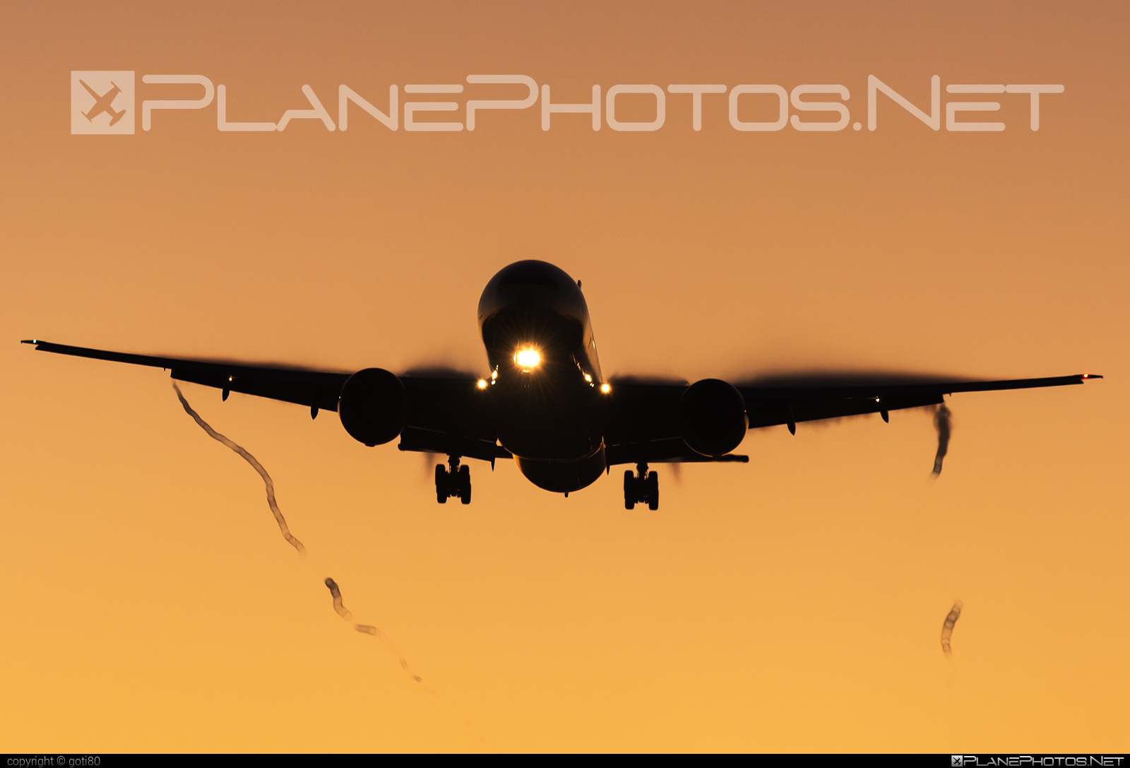 Boeing 777-300ER - VT-JEM operated by Jet Airways #b777 #b777er #boeing #boeing777 #tripleseven