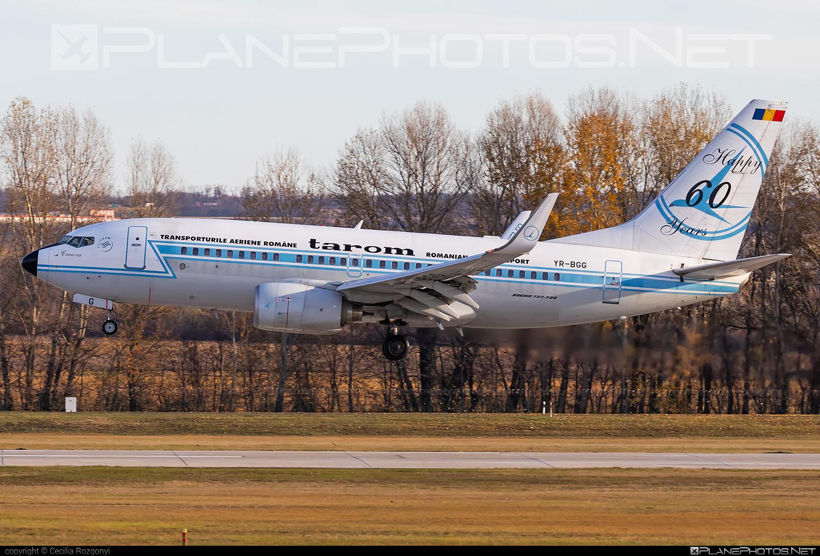Boeing 737-700 - YR-BGG operated by Tarom #b737 #b737nextgen #b737ng #boeing #boeing737