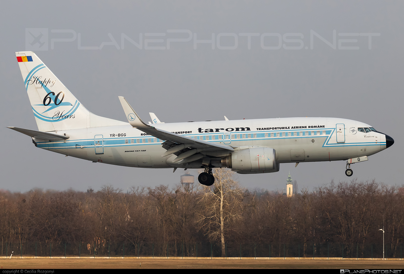 Tarom Boeing 737-700 - YR-BGG #b737 #b737nextgen #b737ng #boeing #boeing737