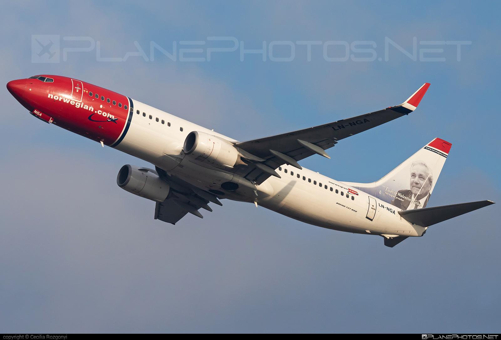 Norwegian Air Shuttle Boeing 737-800 - LN-NGA #b737 #b737nextgen #b737ng #boeing #boeing737 #norwegian #norwegianair #norwegianairshuttle