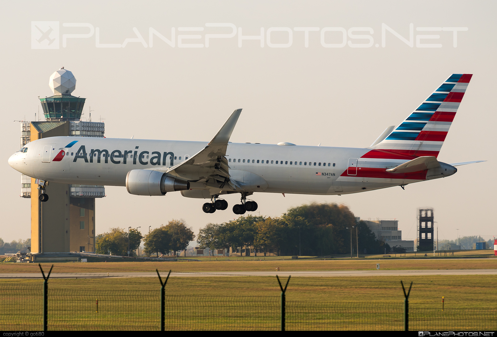 Boeing 767-300ER - N347AN operated by American Airlines #americanairlines #b767 #b767er #boeing #boeing767