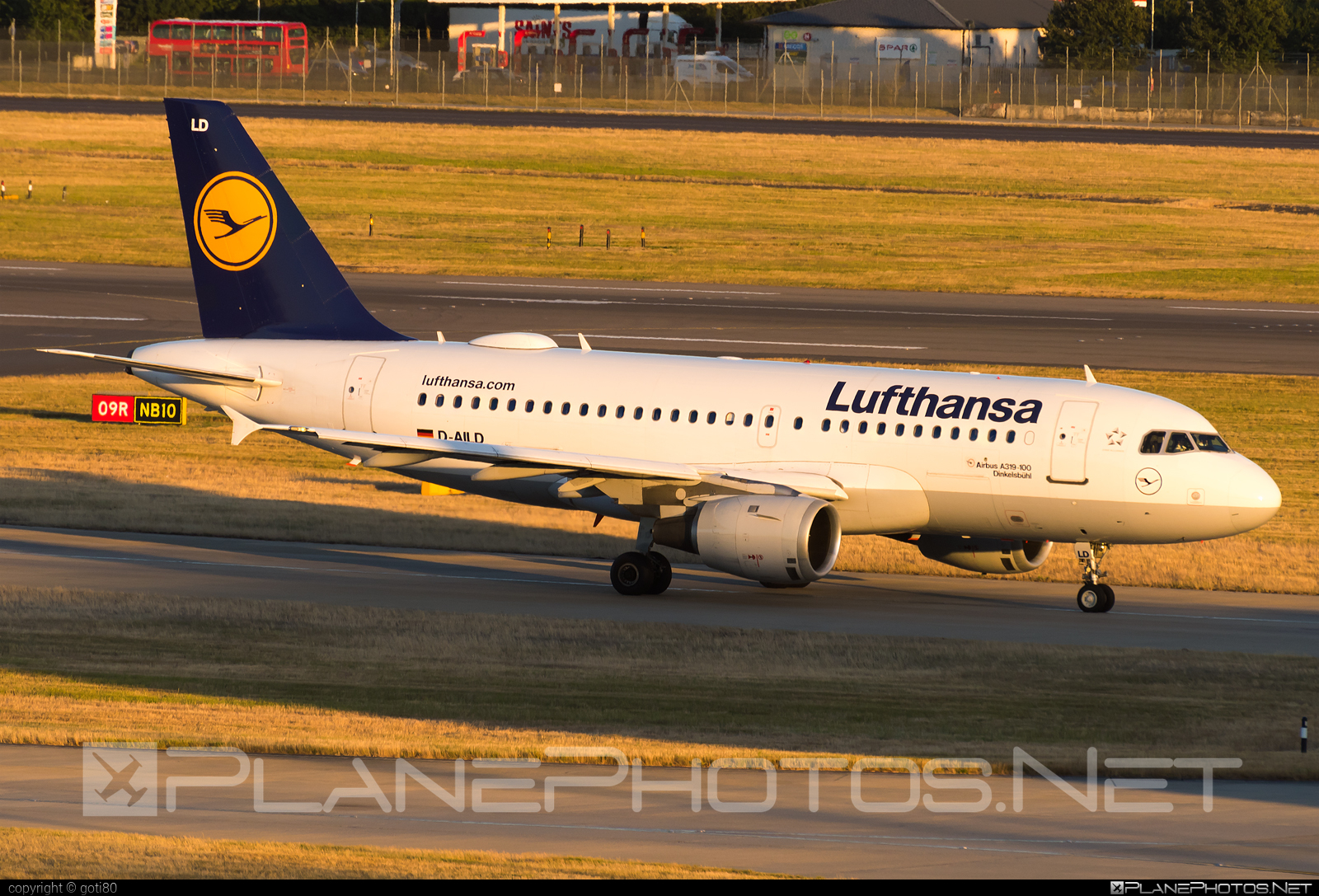 Airbus A319-114 - D-AILD operated by Lufthansa #a319 #a320family #airbus #airbus319 #lufthansa