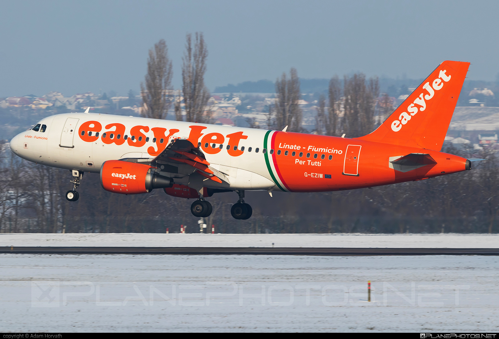 Airbus A319-111 - G-EZIW operated by easyJet #a319 #a320family #airbus #airbus319 #easyjet