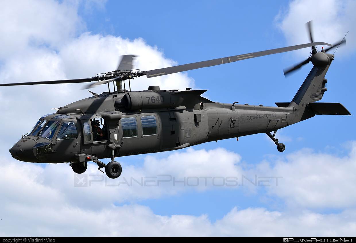Sikorsky UH-60M Black Hawk - 7640 operated by Vzdušné sily OS SR (Slovak Air Force) #blackhawk #sikorsky #slovakairforce #uh60 #uh60blackhawk #uh60m #vzdusnesilyossr
