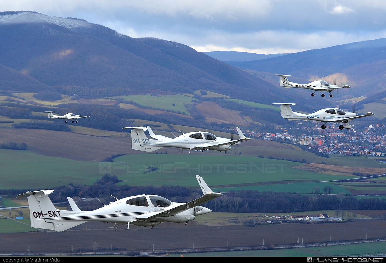 Diamond DA42 Twin Star - OM-SKT operated by SEAGLE SK.ATO.02 #diamond