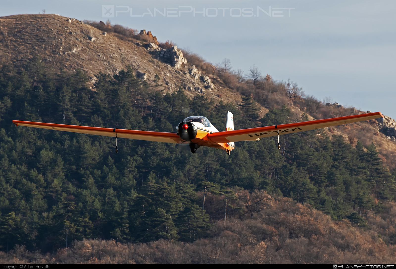 Scheibe SF-25B Falke - HA-1291 operated by Private operator #scheibe #scheibefalke #sf25 #sf25b