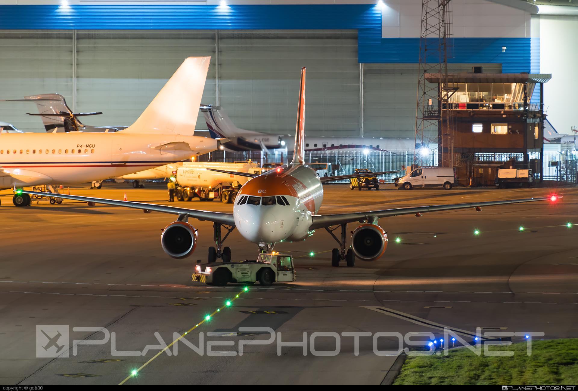 easyJet Europe Airbus A319-111 - OE-LQC #a319 #a320family #airbus #airbus319 #easyjet #easyjeteurope