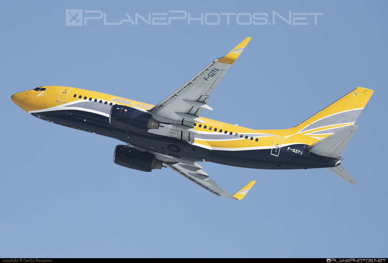 ASL Airlines France Boeing 737-700 - F-GZTS #aslairlines #aslairlinesfrance #b737 #b737nextgen #b737ng #boeing #boeing737