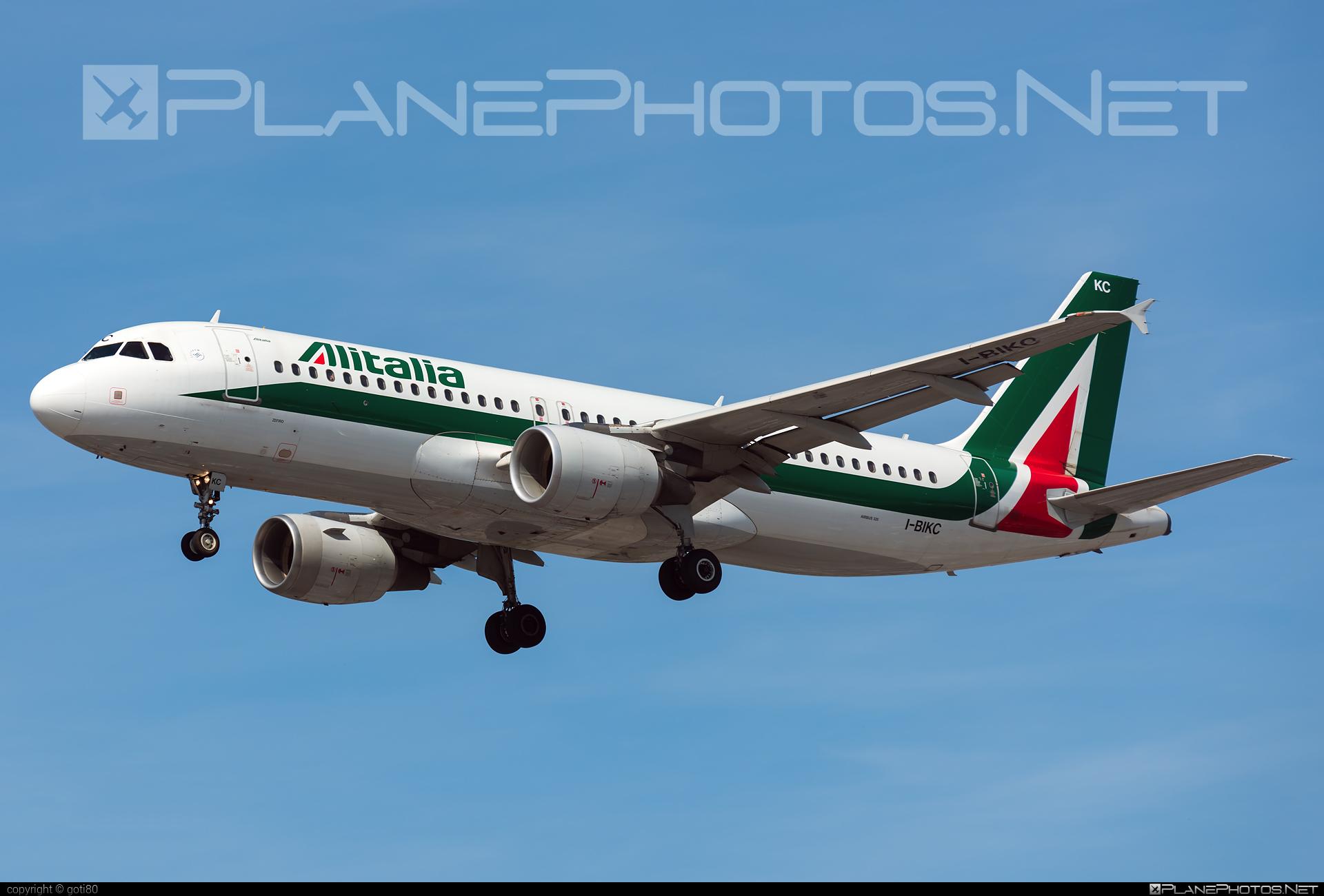 Airbus A320-214 - I-BIKC operated by Alitalia #a320 #a320family #airbus #airbus320 #alitalia