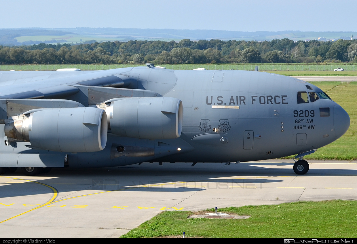 Boeing C-17A Globemaster III - 09-9209 operated by US Air Force (USAF) #boeing #c17 #c17globemaster #globemaster #globemasteriii #usaf #usairforce