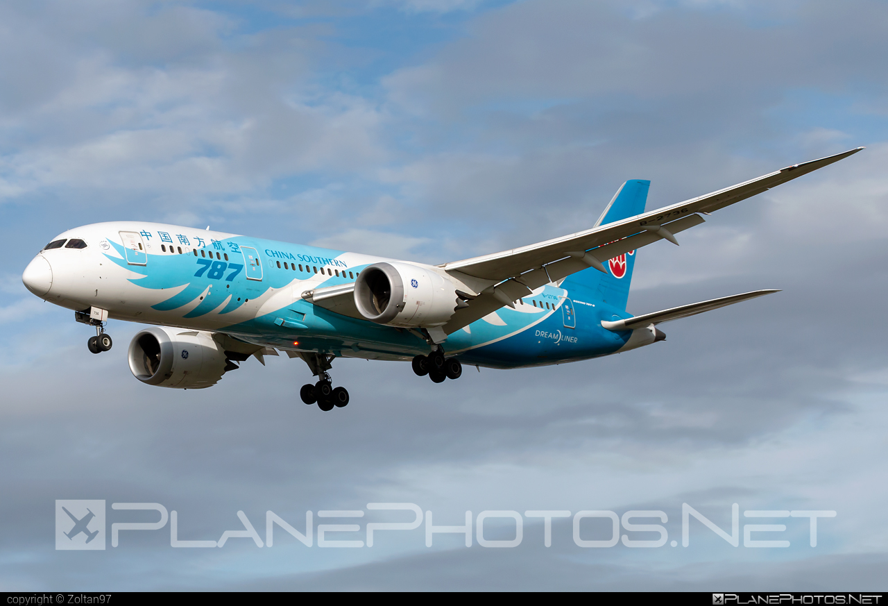 Boeing 787-8 Dreamliner - B-2736 operated by China Southern Airlines #b787 #boeing #boeing787 #dreamliner