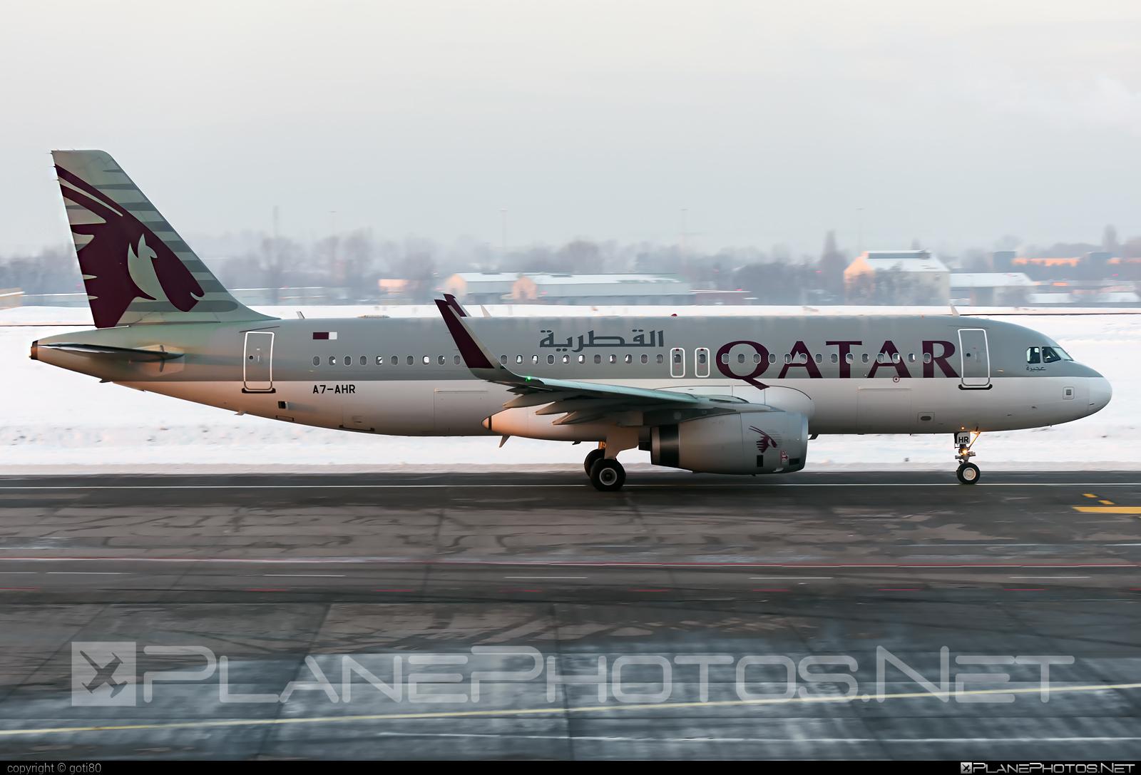 Airbus A320-232 - A7-AHR operated by Qatar Airways #a320 #a320family #airbus #airbus320 #qatarairways