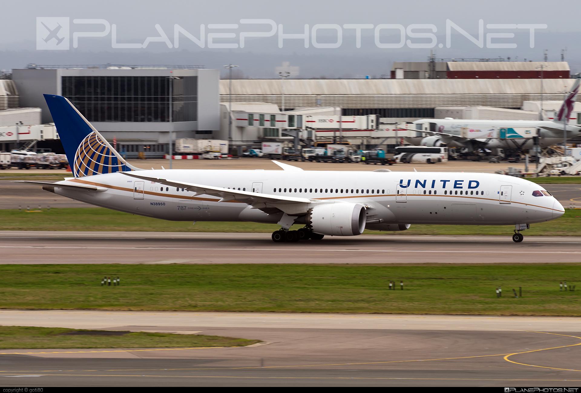Boeing 787-9 Dreamliner - N38950 operated by United Airlines #b787 #boeing #boeing787 #dreamliner #unitedairlines