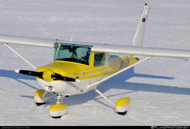 Cessna 152 II - OM-SVK operated by Aeroklub Trenčín #cessna #cessna152 #cessna152ii