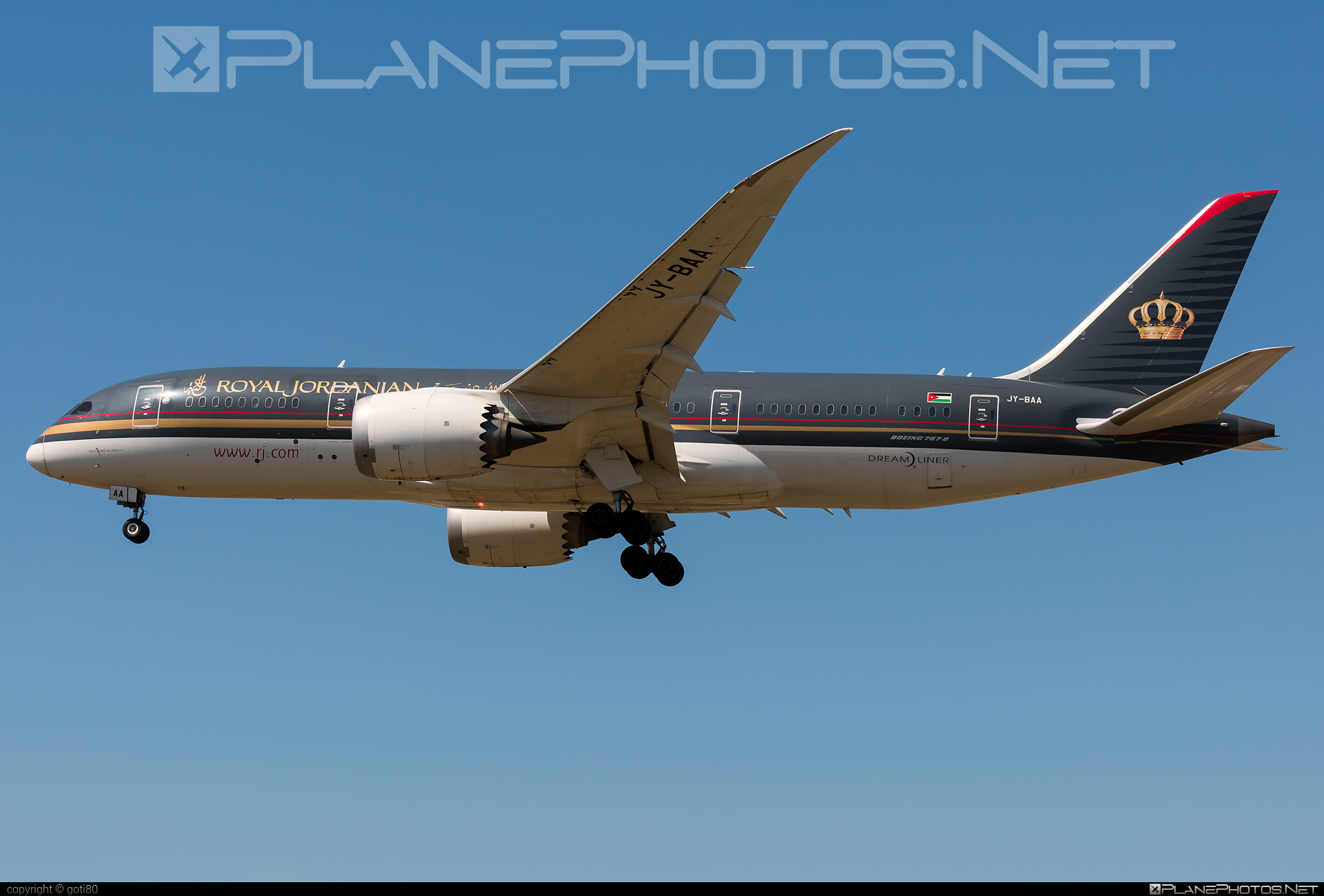 Boeing 787-8 Dreamliner - JY-BAA operated by Royal Jordanian #b787 #boeing #boeing787 #dreamliner