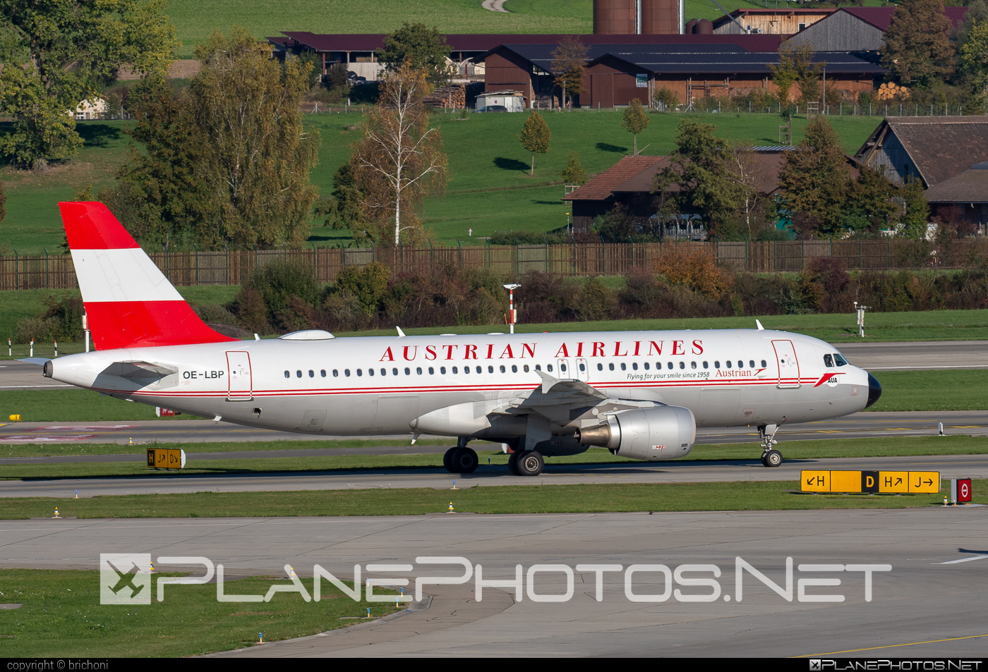 Airbus A320-214 - OE-LBP operated by Austrian Airlines #a320 #a320family #airbus #airbus320