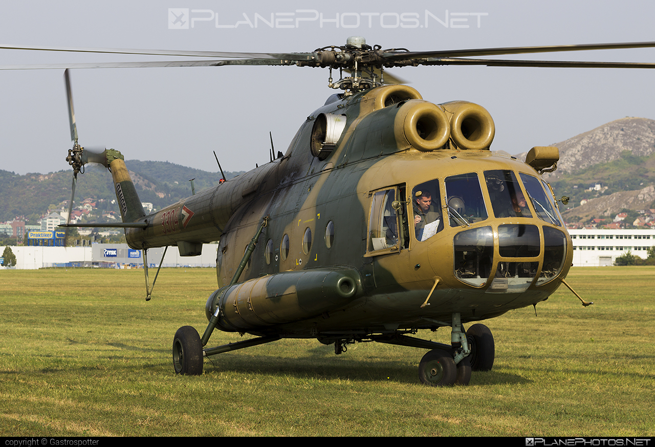 Mil Mi-8T - 3304 operated by Magyar Légierő (Hungarian Air Force) #hungarianairforce #magyarlegiero #mil #milhelicopters
