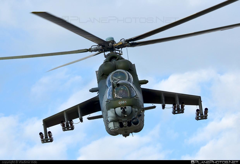 Mil Mi-24V - 0981 operated by Vzdušné síly AČR (Czech Air Force) #czechairforce #mi24 #mi24v #mil #mil24 #mil24v #milhelicopters #vzdusnesilyacr