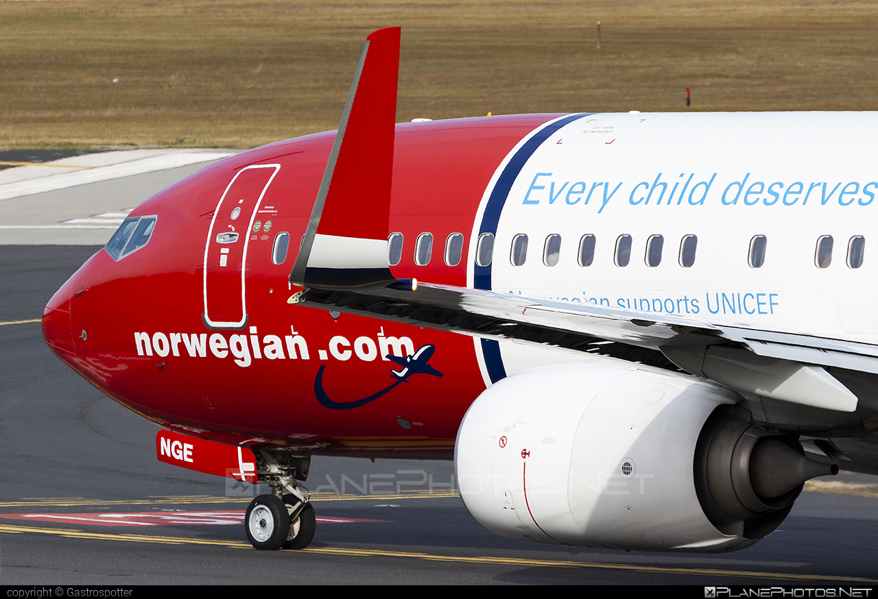 Boeing 737-800 - LN-NGE operated by Norwegian Air Shuttle #b737 #b737nextgen #b737ng #boeing #boeing737 #norwegian #norwegianair #norwegianairshuttle