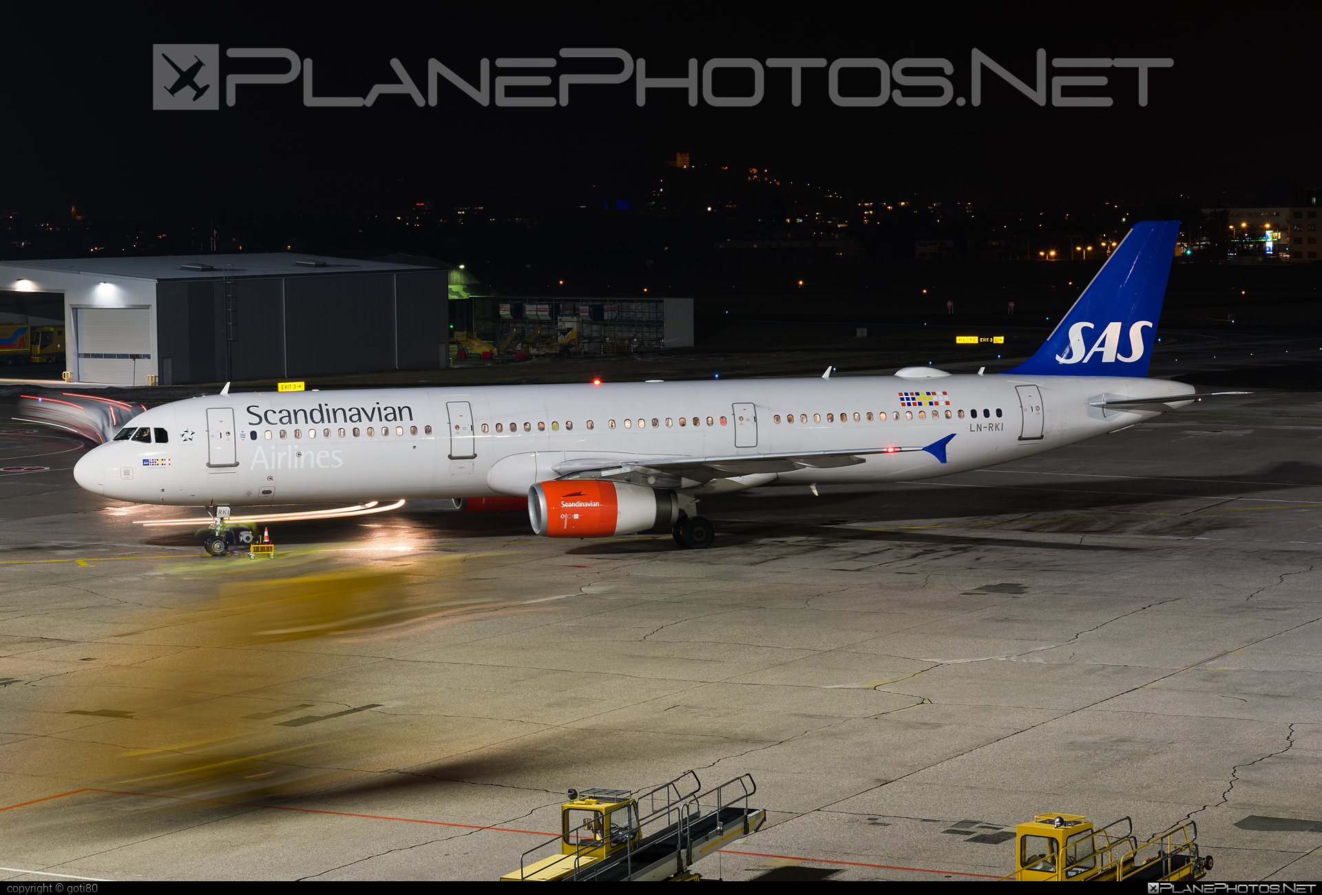 Airbus A321-232 - LN-RKI operated by Scandinavian Airlines (SAS) #a320family #a321 #airbus #airbus321 #sas #sasairlines #scandinavianairlines