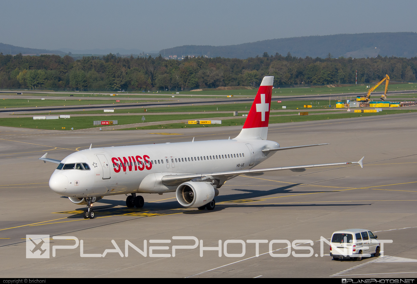 Airbus A320-214 - HB-IJE operated by Swiss International Air Lines #a320 #a320family #airbus #airbus320 #swiss #swissairlines