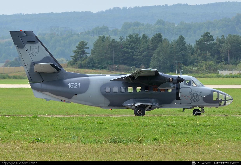 Vzdušné sily OS SR (Slovak Air Force) Let L-410FG Turbolet - 1521 #let #slovakairforce #vzdusnesilyossr