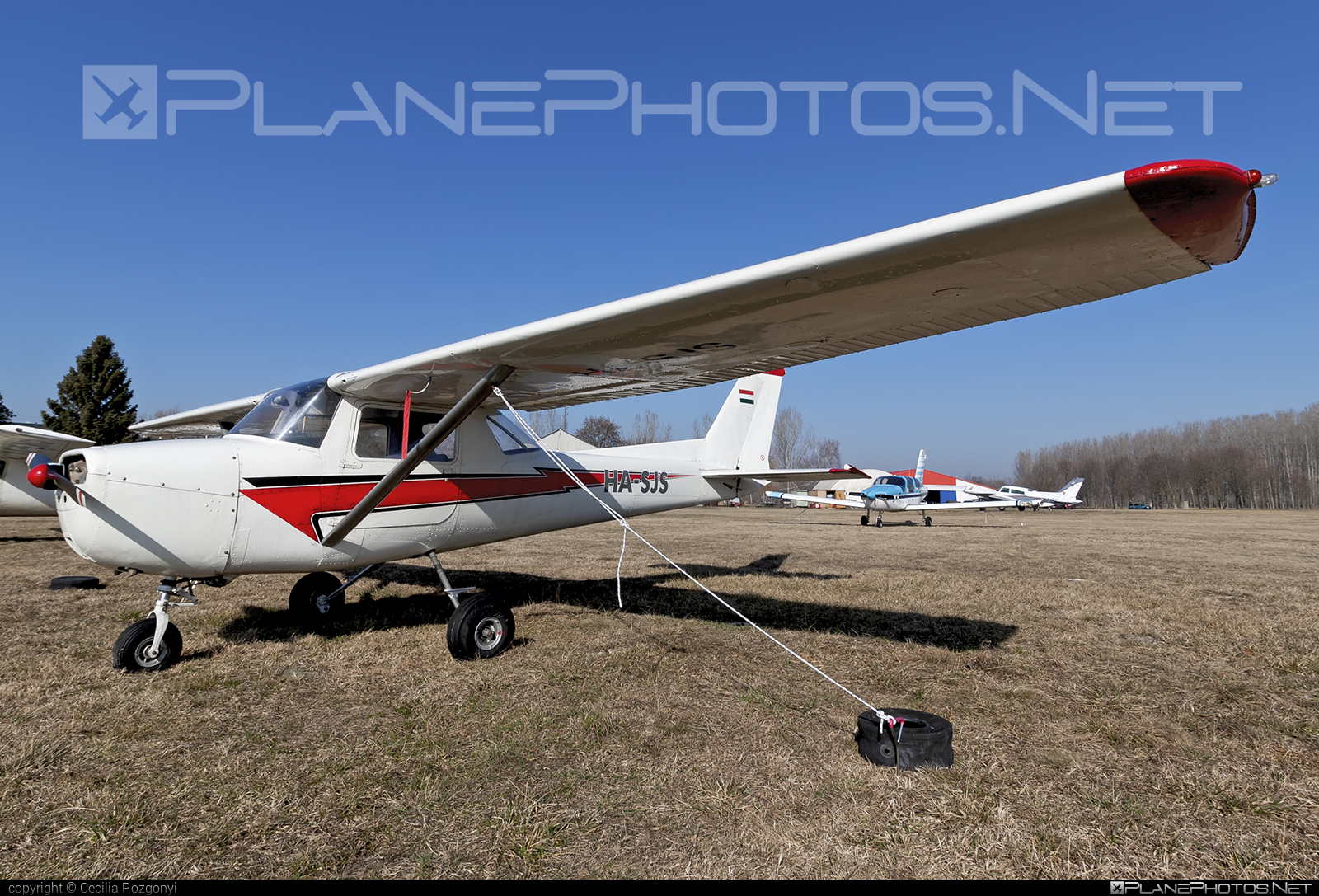 Cessna 150 - HA-SJS operated by Multifly Kft. #cessna #multifly #multiflykft