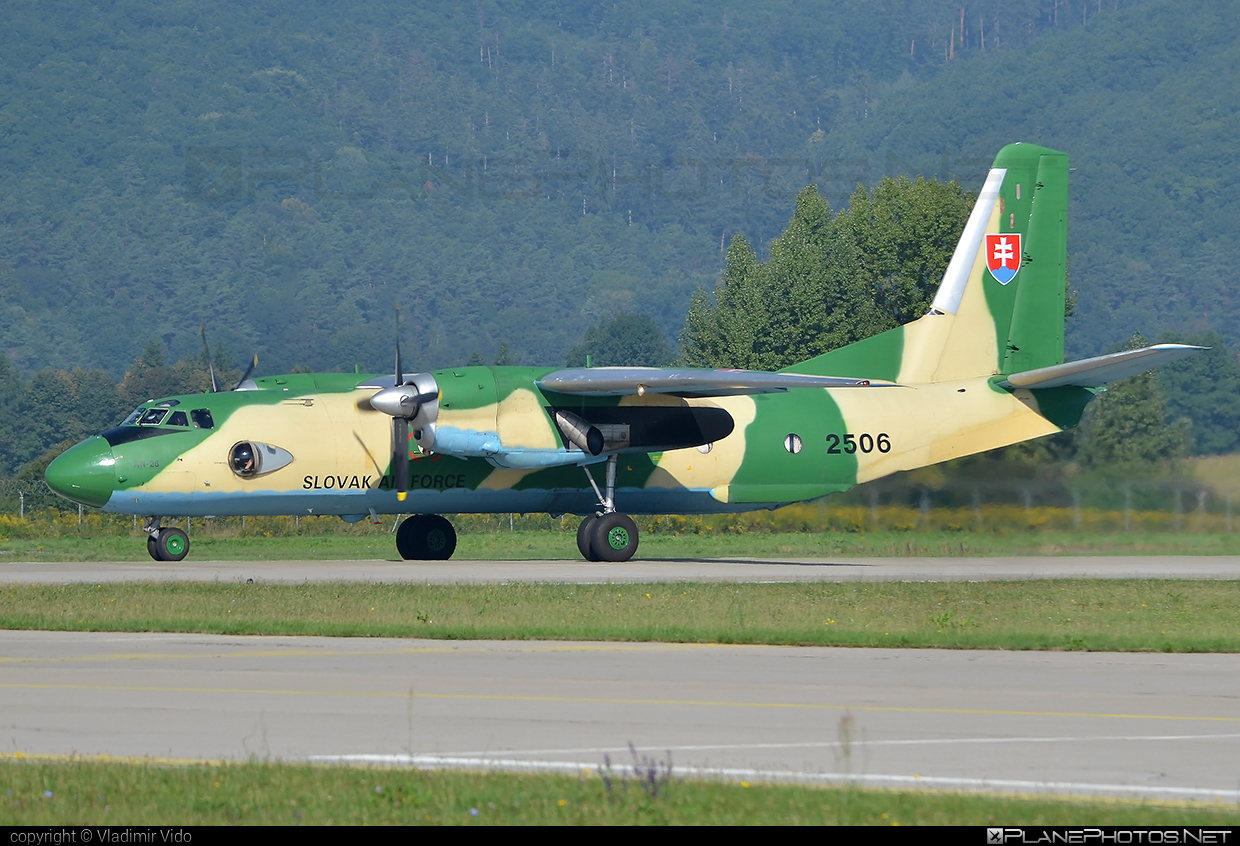 Antonov An-26 - 2506 operated by Vzdušné sily OS SR (Slovak Air Force) #an26 #antonov #antonov26 #slovakairforce #vzdusnesilyossr