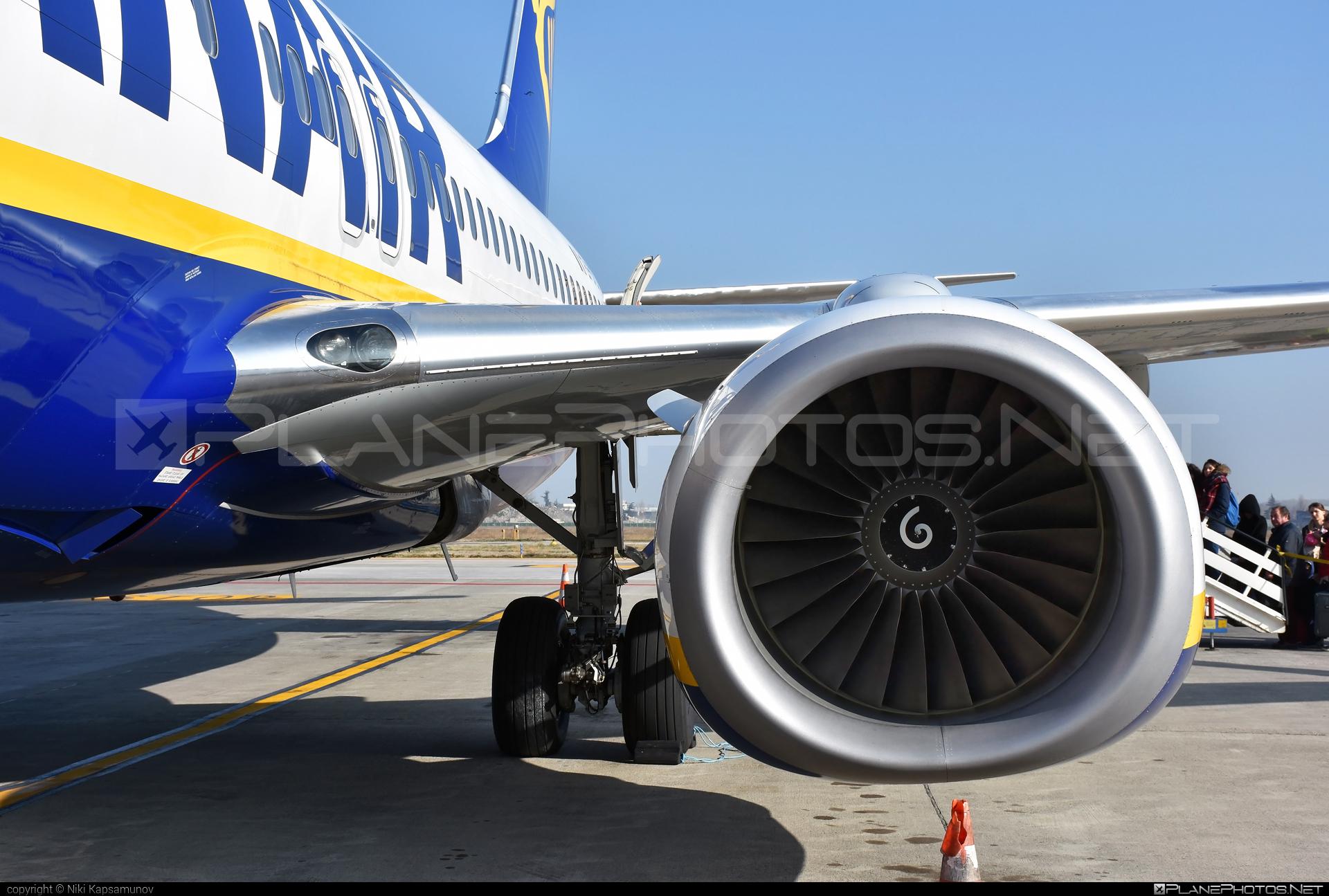 Boeing 737-800 - EI-EVZ operated by Ryanair #b737 #b737nextgen #b737ng #boeing #boeing737 #ryanair