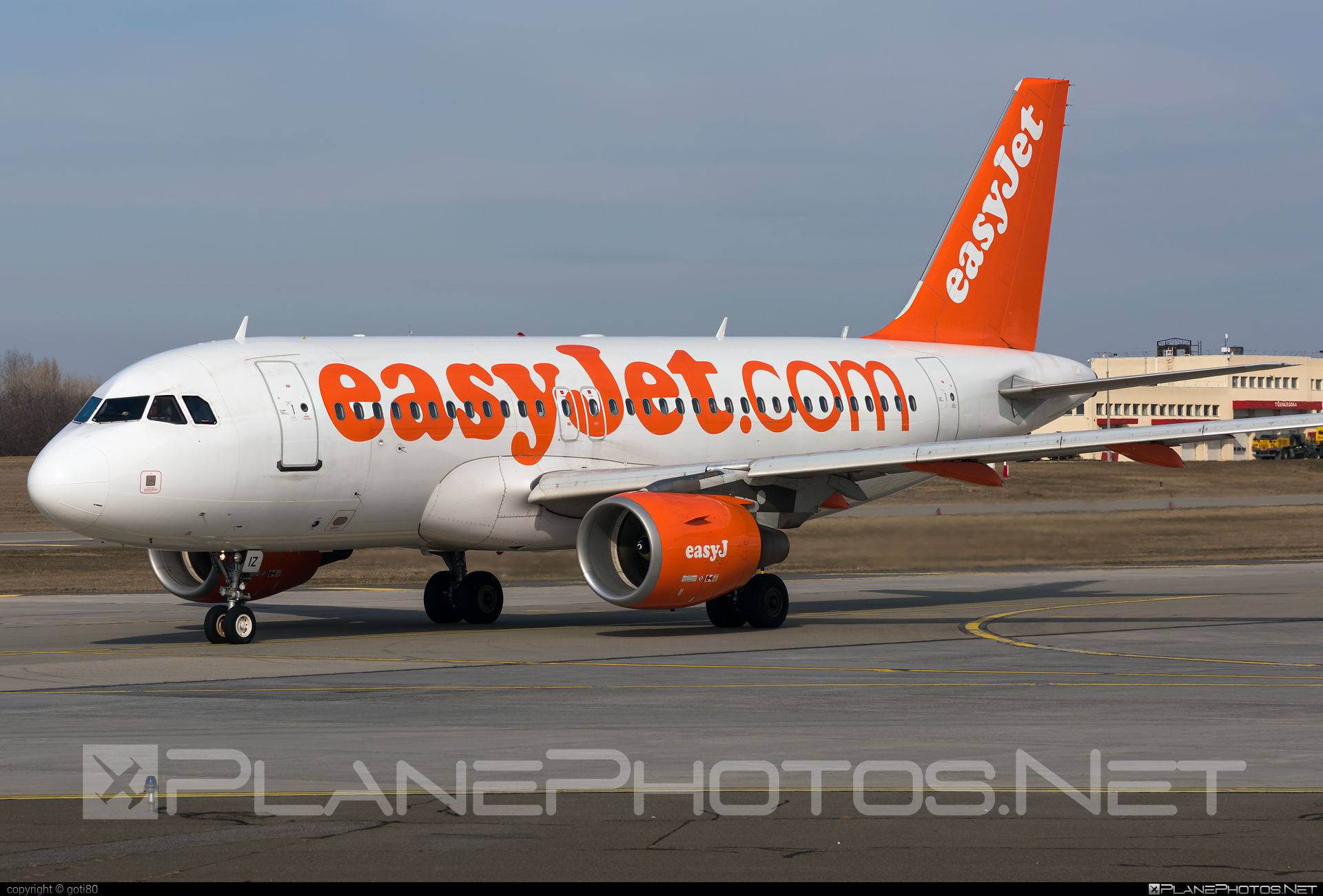 Airbus A319-111 - G-EZIZ operated by easyJet #a319 #a320family #airbus #airbus319 #easyjet