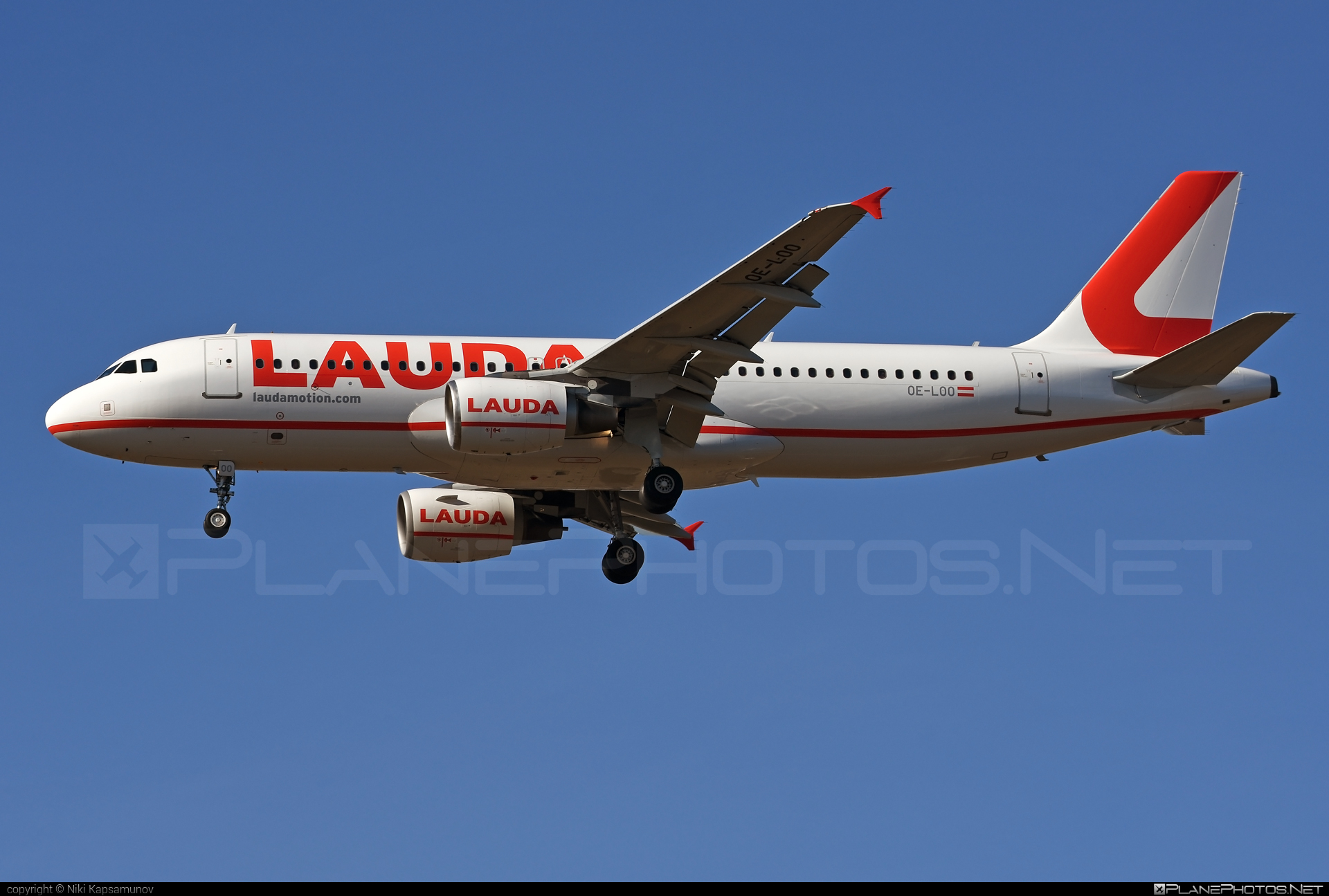 LaudaMotion Airbus A320-214 - OE-LOO #a320 #a320family #airbus #airbus320 #laudamotion