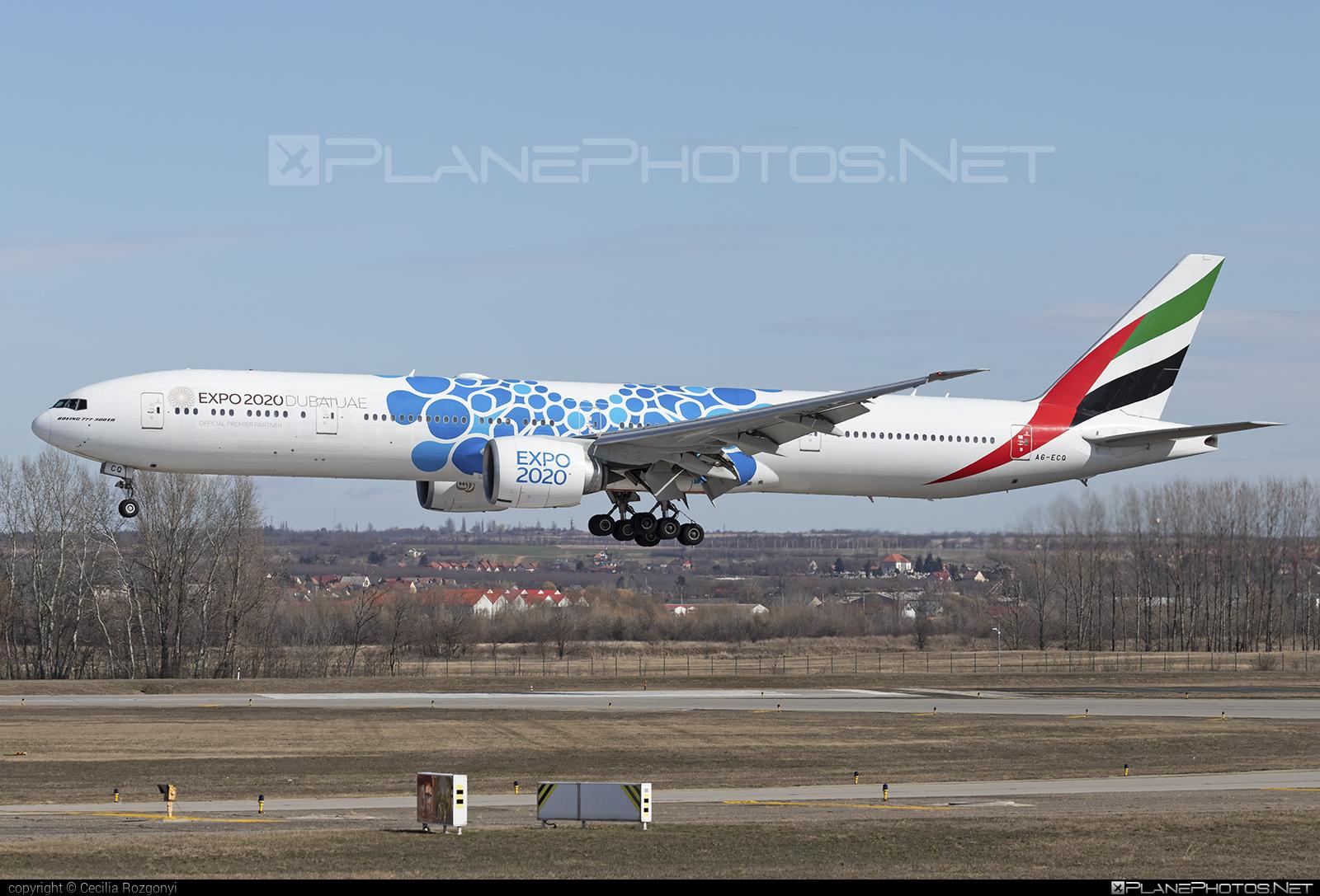 Emirates Boeing 777-300ER - A6-ECQ #b777 #b777er #boeing #boeing777 #emirates #tripleseven