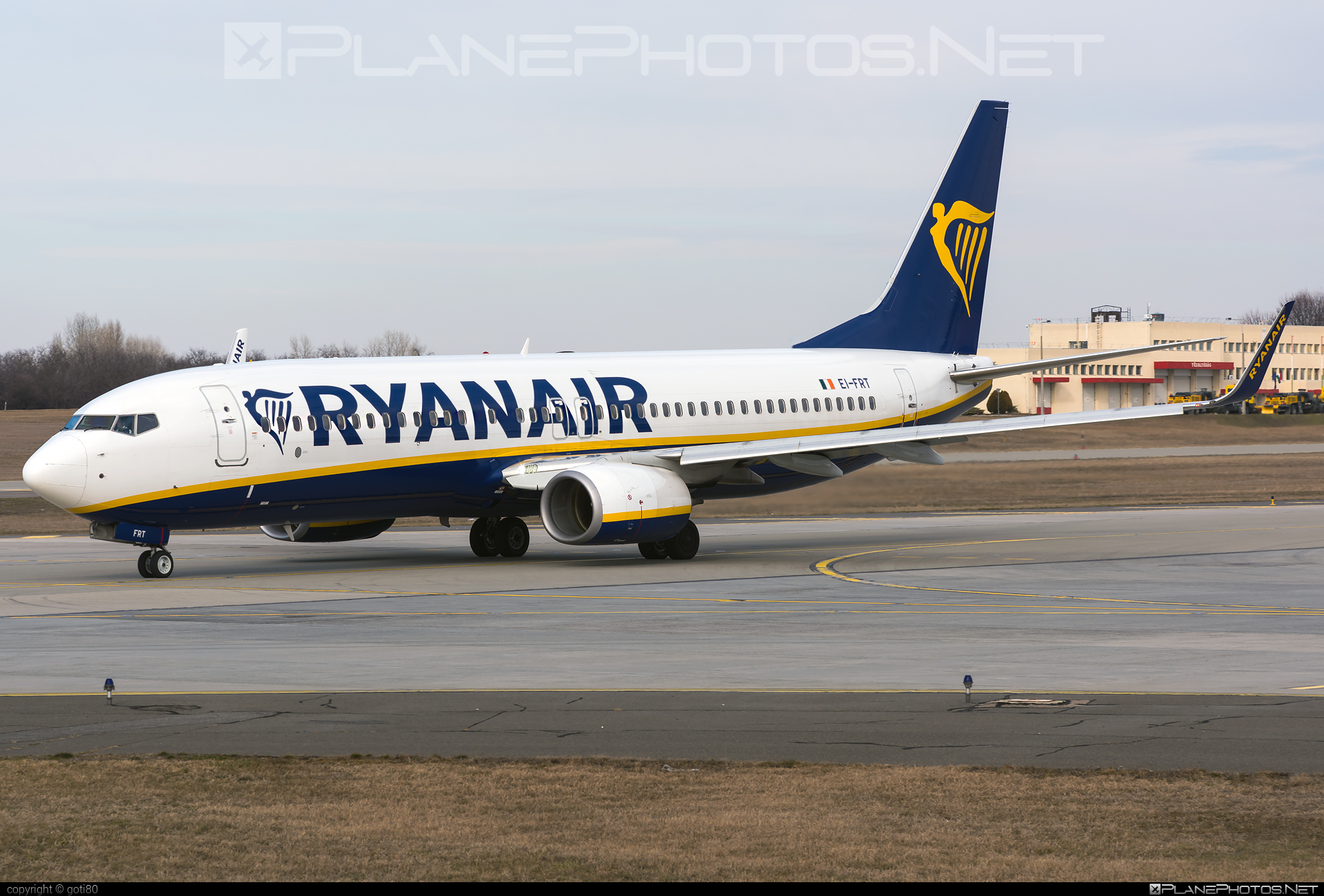Boeing 737-800 - EI-FRT operated by Ryanair #b737 #b737nextgen #b737ng #boeing #boeing737 #ryanair