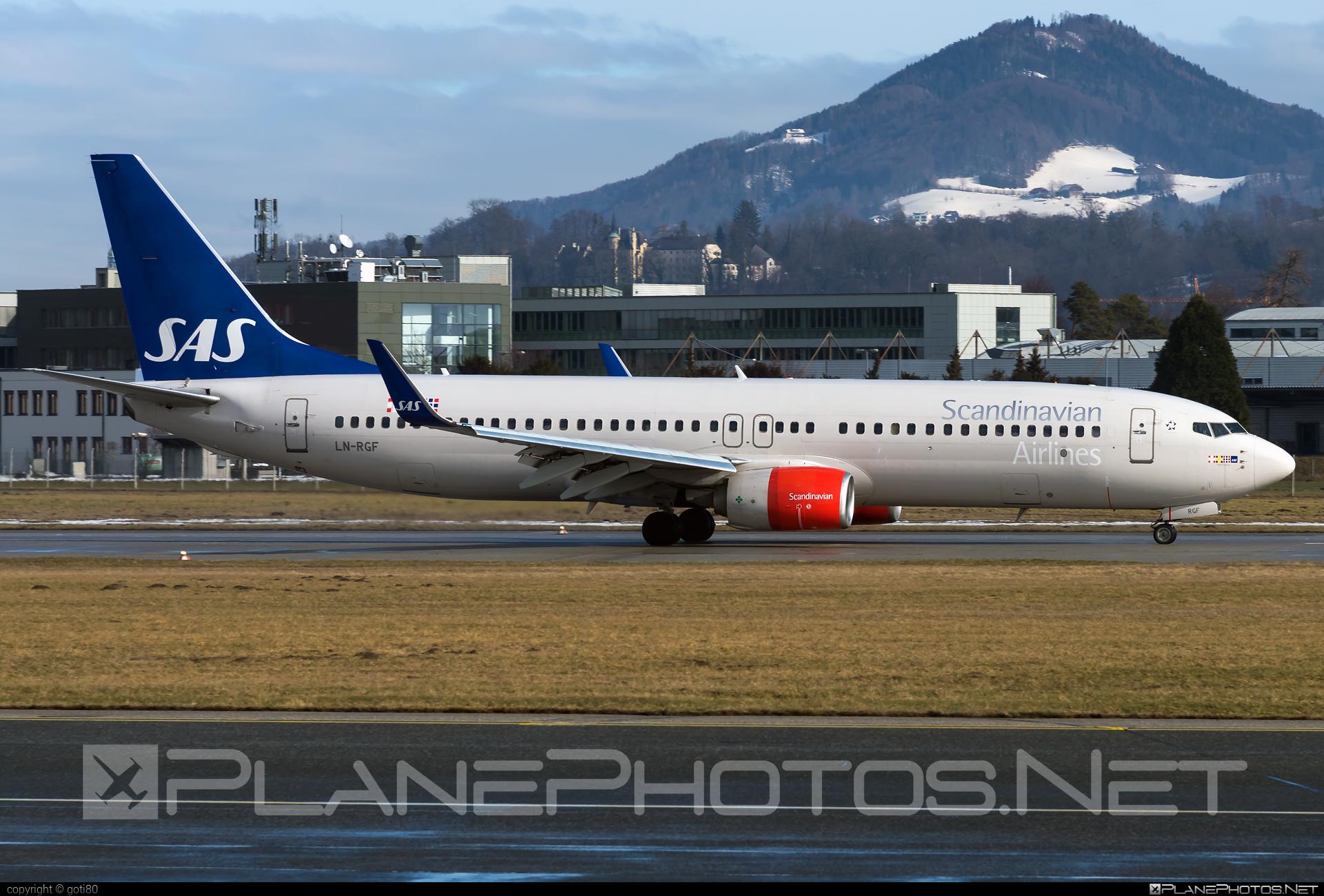 Scandinavian Airlines (SAS) Boeing 737-800 - LN-RGF #b737 #b737nextgen #b737ng #boeing #boeing737 #sas #sasairlines #scandinavianairlines