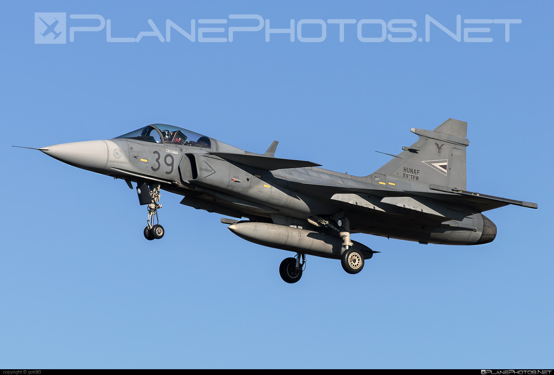 Saab JAS 39C Gripen - 39 operated by Magyar Légierő (Hungarian Air Force) #gripen #hungarianairforce #jas39 #jas39c #jas39gripen #magyarlegiero #saab