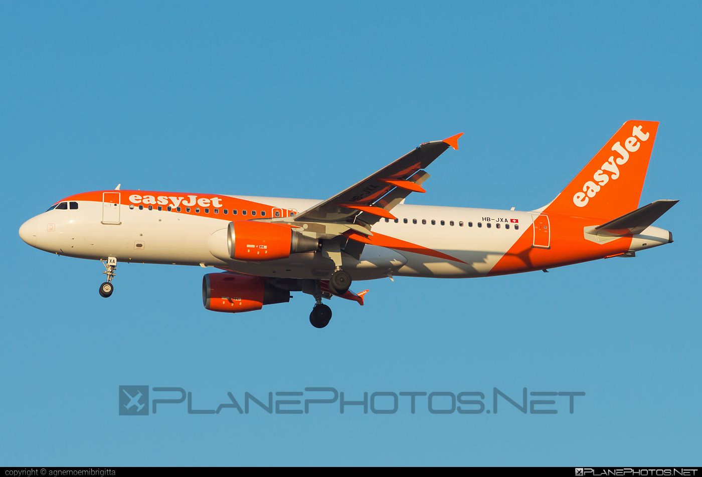 Airbus A320-214 - HB-JXA operated by easyJet Switzerland #a320 #a320family #airbus #airbus320 #easyjet #easyjetswitzerland