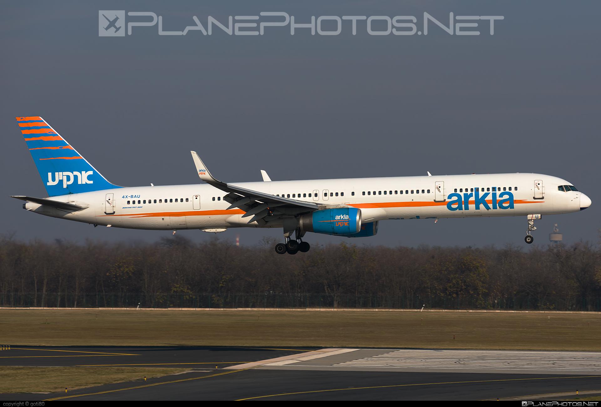 Arkia Israeli Airlines Boeing 757-300 - 4X-BAU #b757 #boeing #boeing757