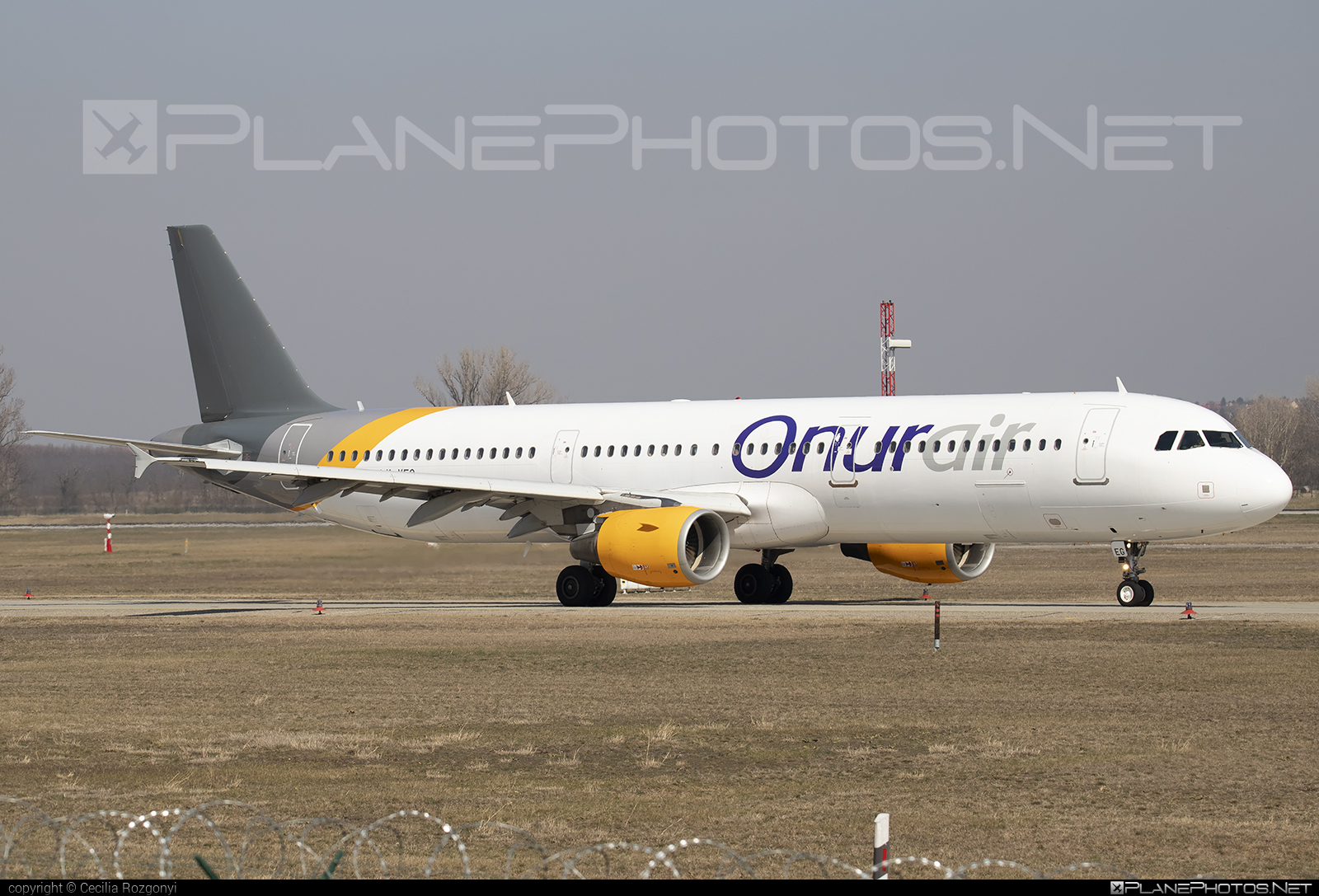 Airbus A321-211 - LY-VEG operated by Onur Air #a320family #a321 #airbus #airbus321