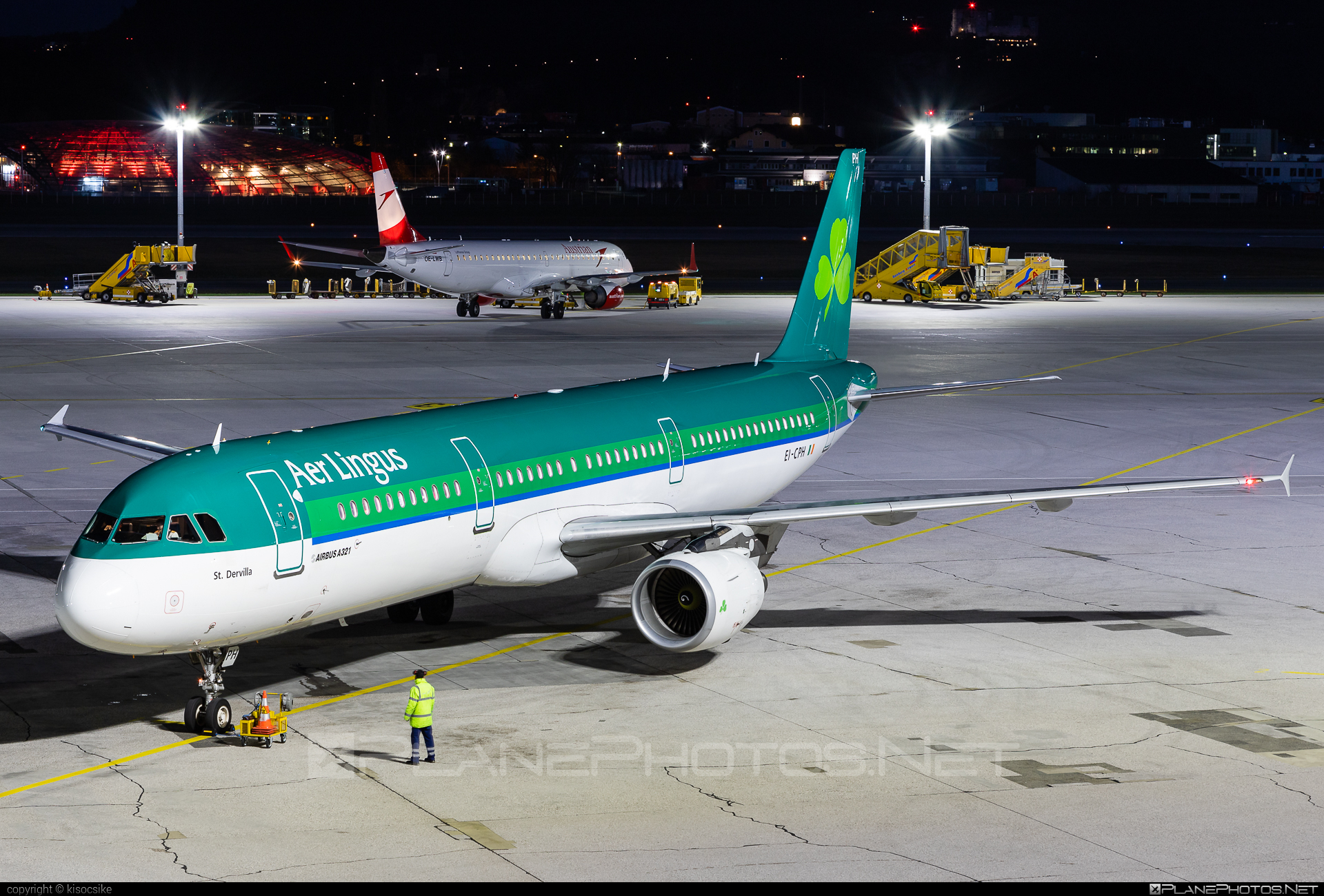 Airbus A321-111 - EI-CPH operated by Aer Lingus #a320family #a321 #aerlingus #airbus #airbus321