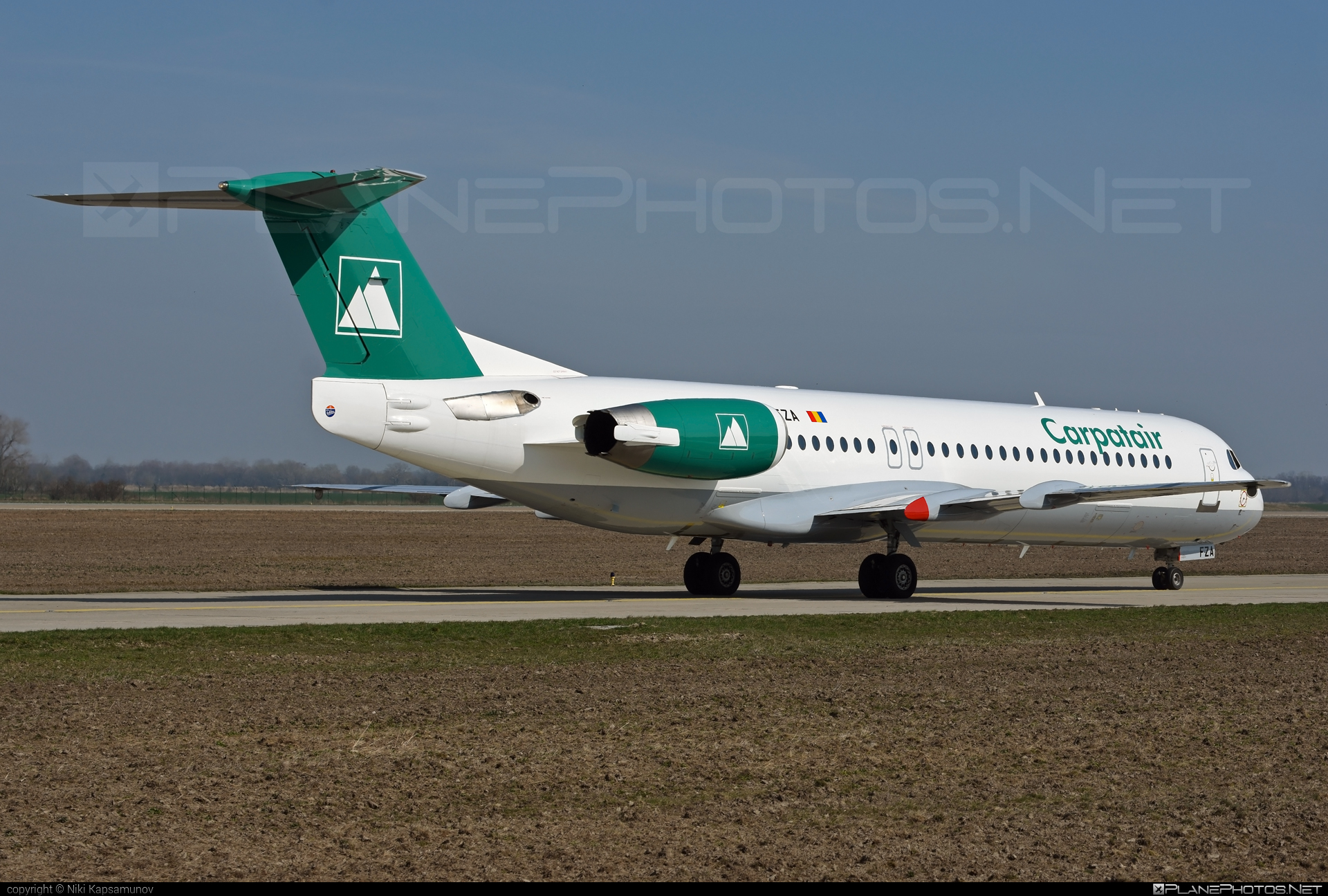 Fokker 100 - YR-FZA operated by Carpatair #fokker