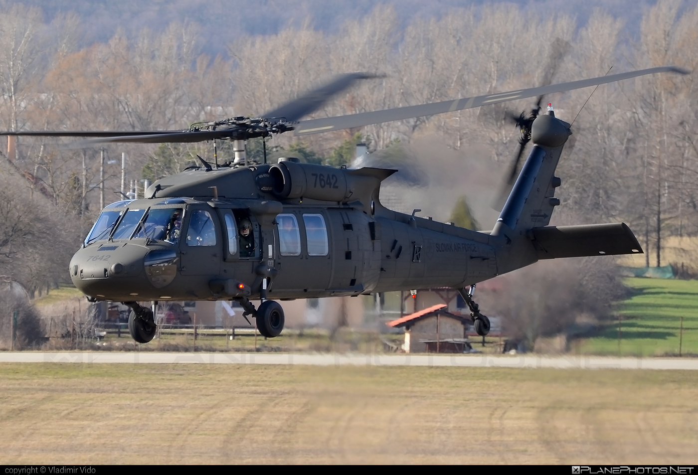 Sikorsky UH-60M Black Hawk - 7642 operated by Vzdušné sily OS SR (Slovak Air Force) #blackhawk #sikorsky #slovakairforce #uh60 #uh60blackhawk #uh60m #vzdusnesilyossr