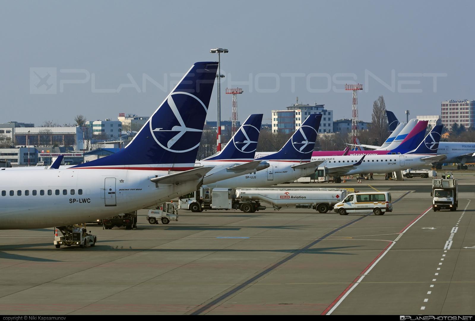 LOT Polish Airlines Boeing 737-800 - SP-LWC #b737 #b737nextgen #b737ng #boeing #boeing737 #lot #lotpolishairlines