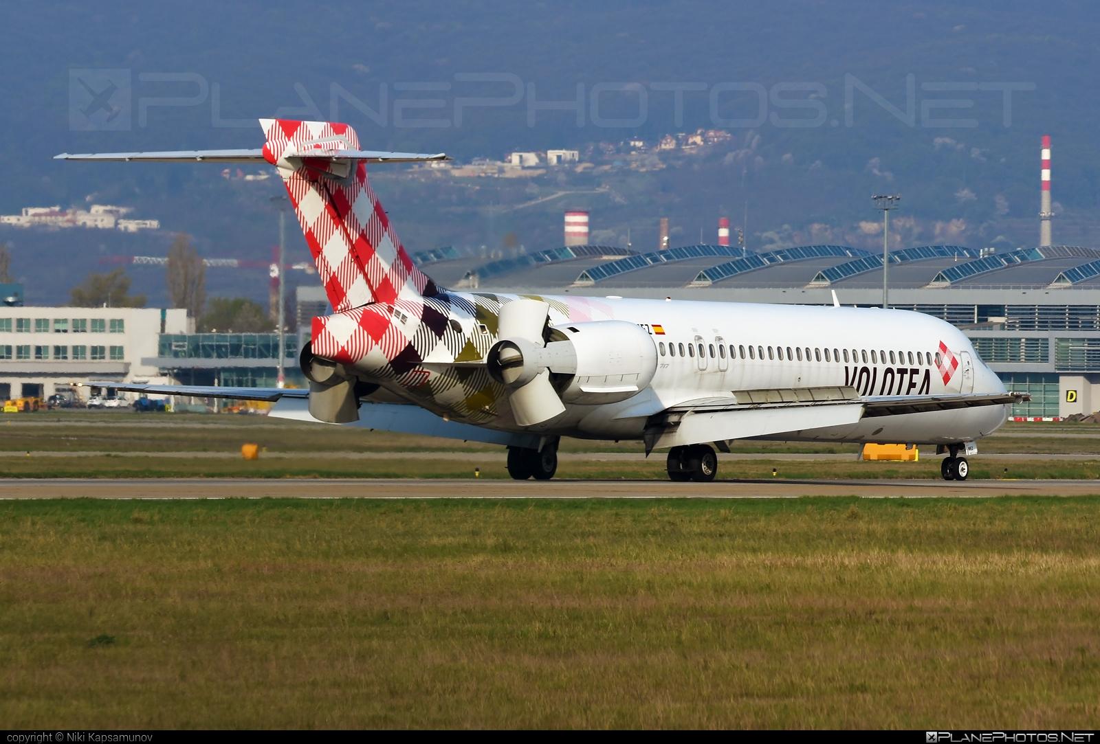 Volotea Boeing 717-200 - EC-MEZ #b717 #boeing #boeing717
